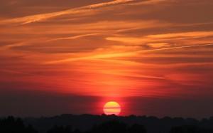 clouds-across-setting-sun