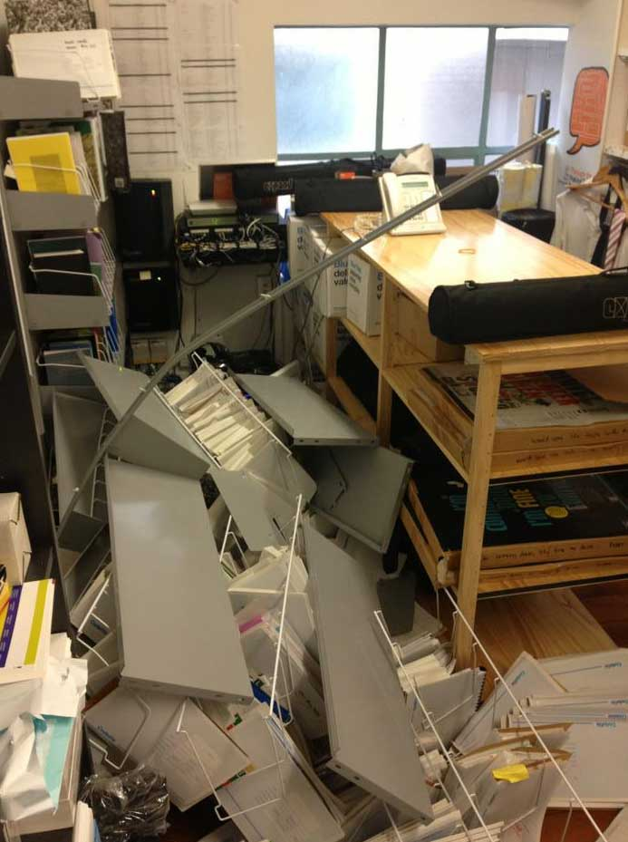 Twitter captures reaction and damage of severe Wellington quake #eqnz (+photos)