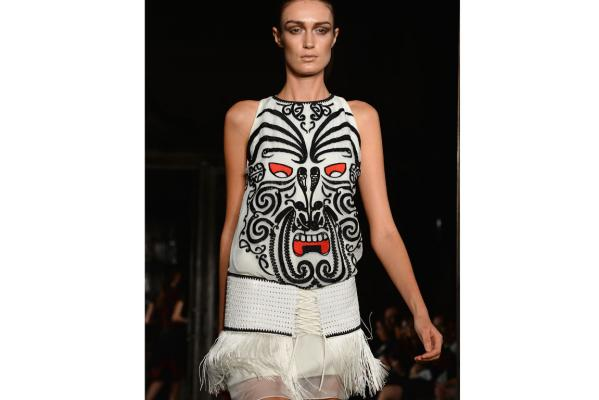 London Fashion Week designer rips off Maori designs #LFW
